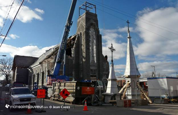 Démolition de l'église Saint-Joseph,quartier Saint-Sauveur