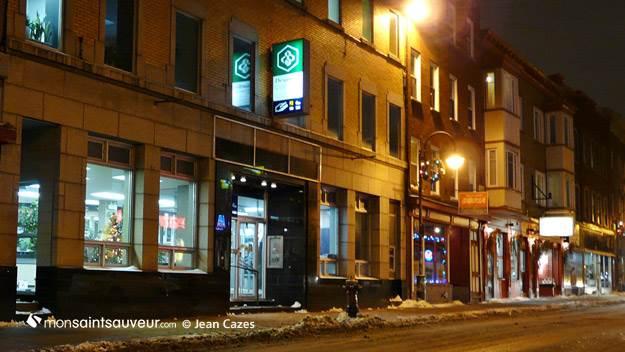 Caisse Desjardins, rue Saint-Vallier, quartier Saint-Sauveur. 13 décembre 2012.