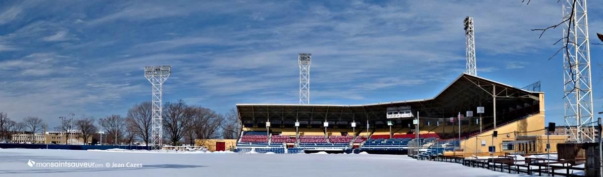 Stade municipal, quartier Saint-Sauveur