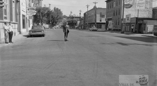 Saint-Sauveur dans les années 1960 (13) : intersection des rues Marie-de-l'Incarnation et Saint-Vallier - Jean Cazes