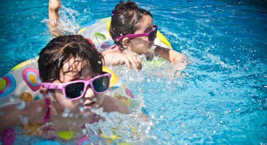 À l'eau ! : ouverture des piscines, pataugeoires et jeux d'eau - Monquartier