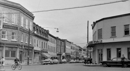 Saint-Sauveur dans les années 1960 (17) : intersection des Oblats – Saint-Vallier - Jean Cazes