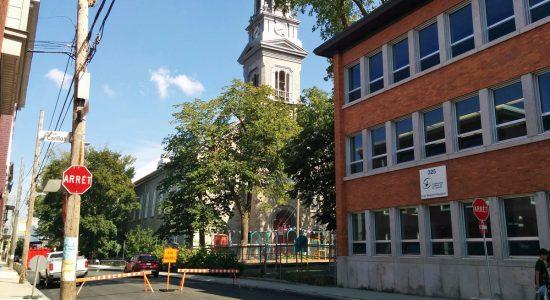 Clocher instable : l'église Saint-Sauveur temporairement fermée - Suzie Genest