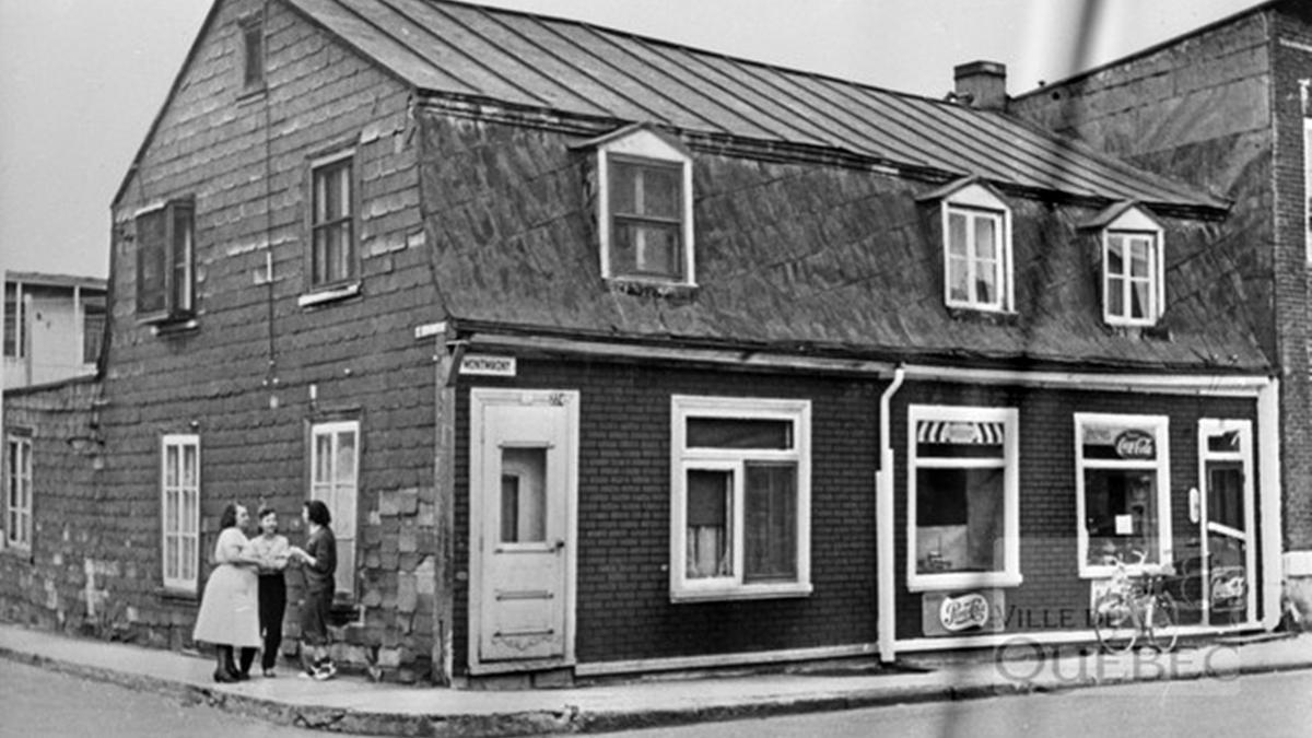 Saint-Sauveur dans les années 1950 (8) : maison et dépanneur au 220-224 Montmagny | 17 décembre 2017 | Article par Jean Cazes