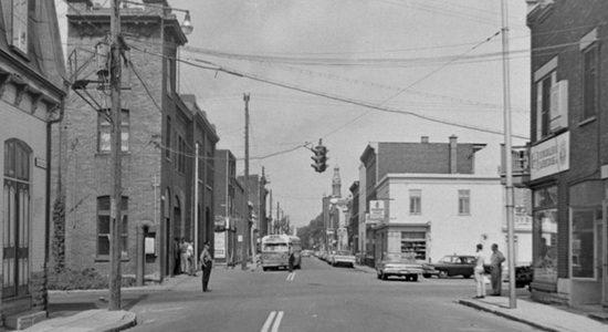 Saint-Sauveur dans les années 1960 (21) : intersection des Oblats et de l'Aqueduc - Jean Cazes