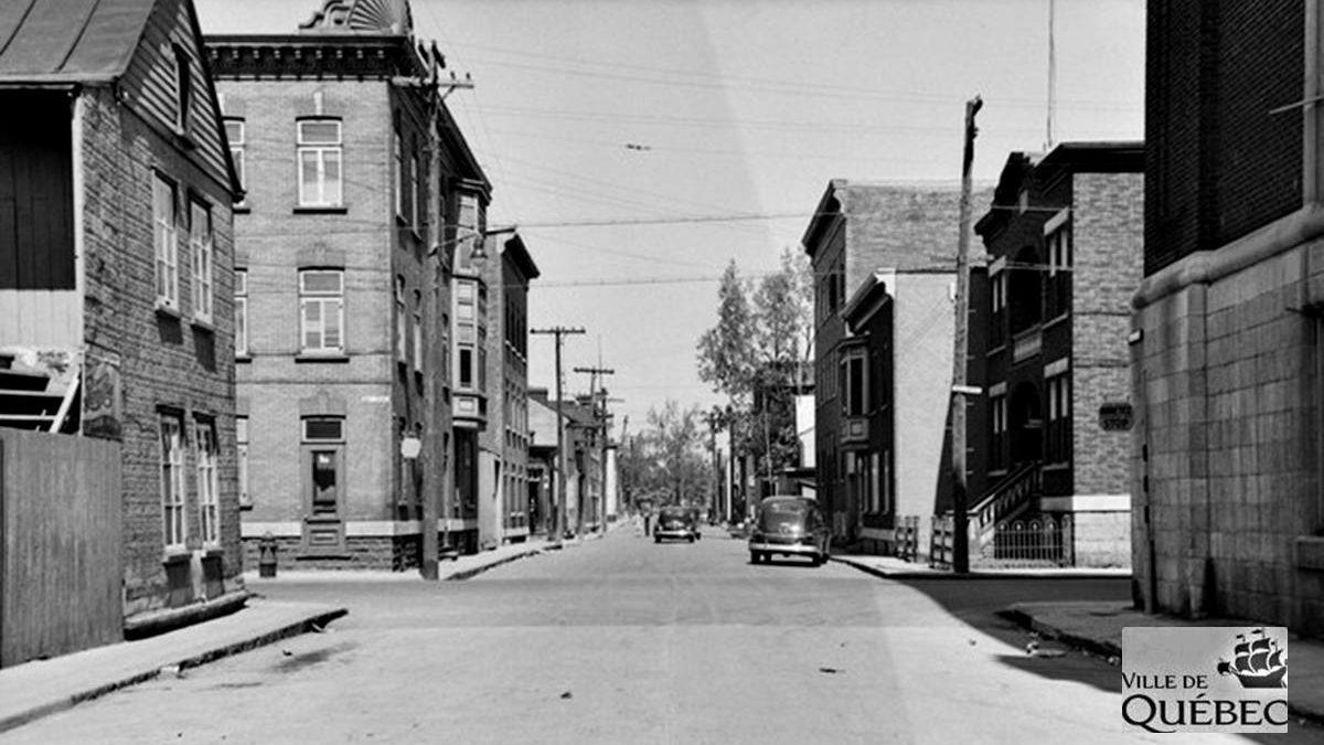 Saint-Sauveur dans les années 1940 (26) : Intersection de l'avenue des Oblats et de la rue Saint-Germain | 10 novembre 2019 | Article par Jean Cazes