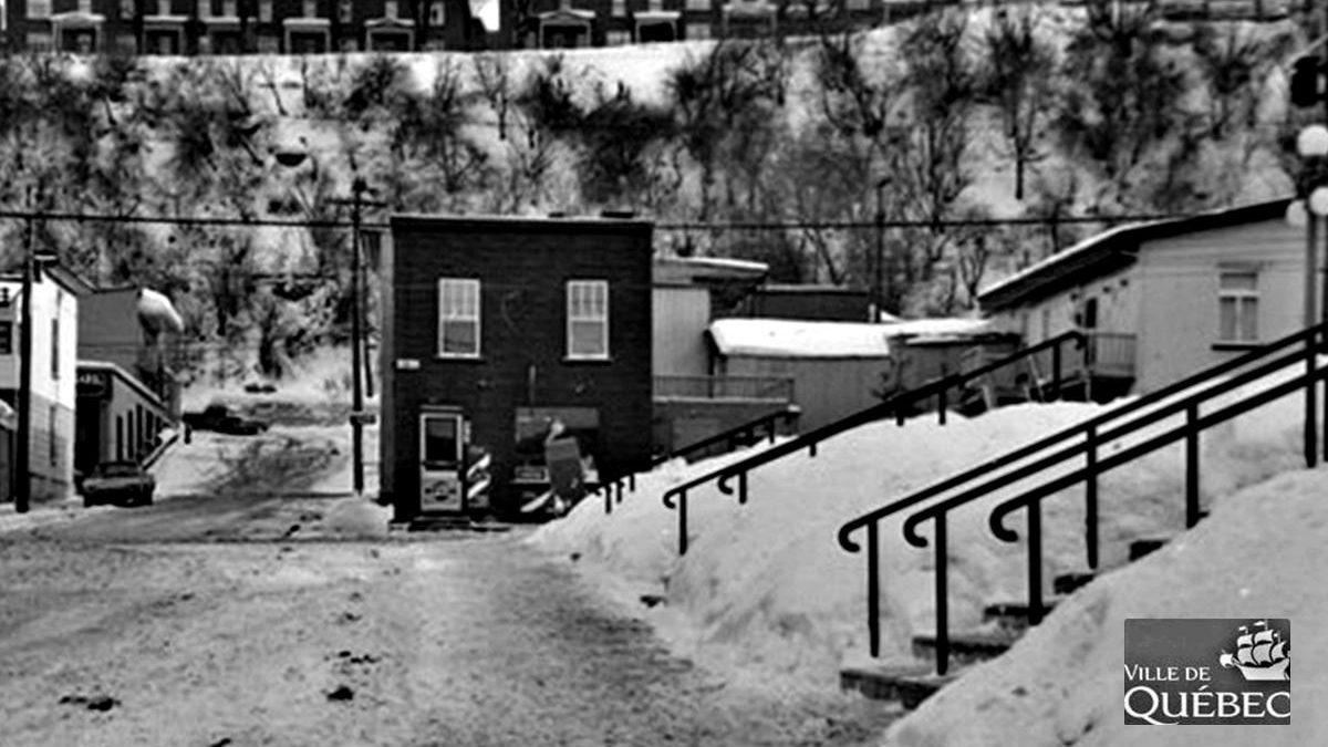 Saint-Sauveur dans les années 1960 (26) : intersection Saint-Sauveur et Franklin | 14 avril 2019 | Article par Jean Cazes