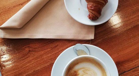Promotion matinale en semaine   Saint-Suave Librairie-Café
