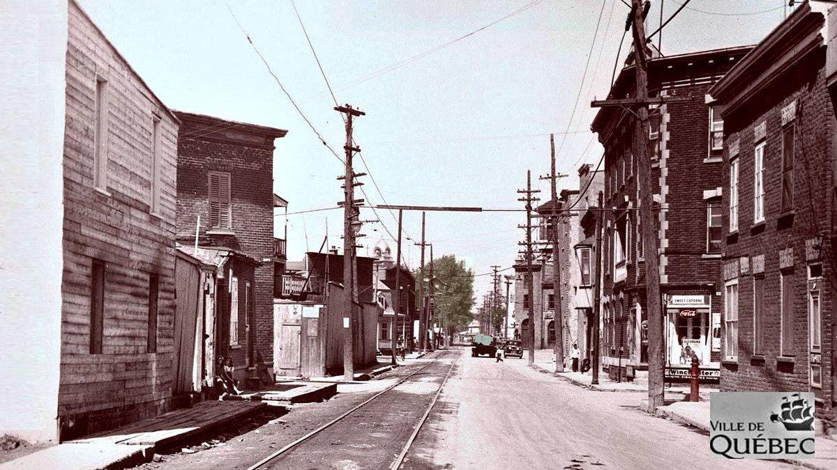 Saint-Sauveur dans les années 1940 (29) : rue de l'Aqueduc   2 août 2020   Article par Jean Cazes