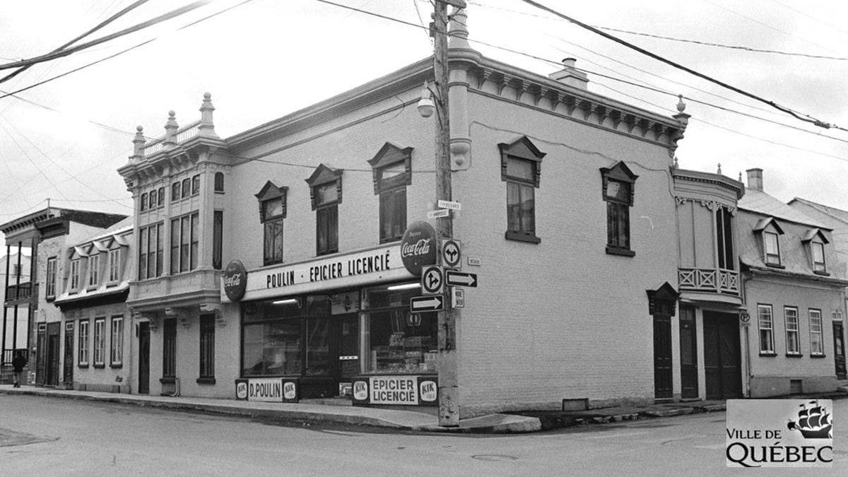 Saint-Sauveur dans les années 1970 (16) : l'épicerie D. Poulin | 26 juillet 2020 | Article par Jean Cazes