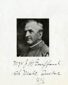 La photographie de Joseph-Herménégilde Bouffard (1855-1934) est déposée à la Bibliothèque et Archives nationales du Québec dans le Vieux-Montréal, Collection Félix Barrière, Épreuves noir et blanc, cote : P748, S1, P120.