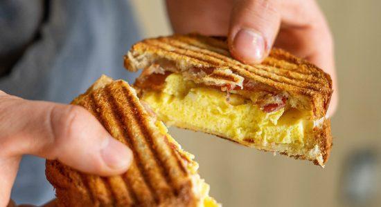 Sandwichs déjeuner | Franky–Johnny : les gourmands