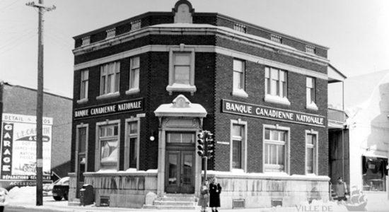 Saint-Sauveur dans les années 1950 (6) : Banque Canadienne Nationale - Jean Cazes