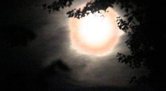 Chroniques de Saint-Sô par CLS Poésie : La lune de Saint-Sô - Monsaintsauveur