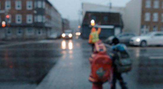 Traverser le boulevard Charest - Boris Perron