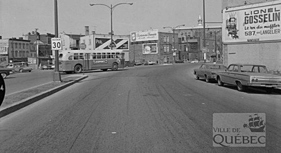 Saint-Sauveur dans les années 1960 (14) : boulevard Charest Ouest - Jean Cazes