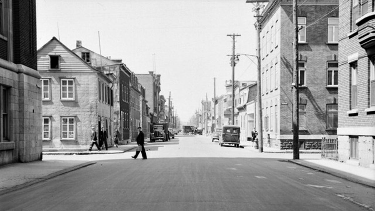 Saint-Sauveur dans les années 1940 (19) : Intersection des Oblats – Saint-Germain   6 août 2017   Article par Jean Cazes