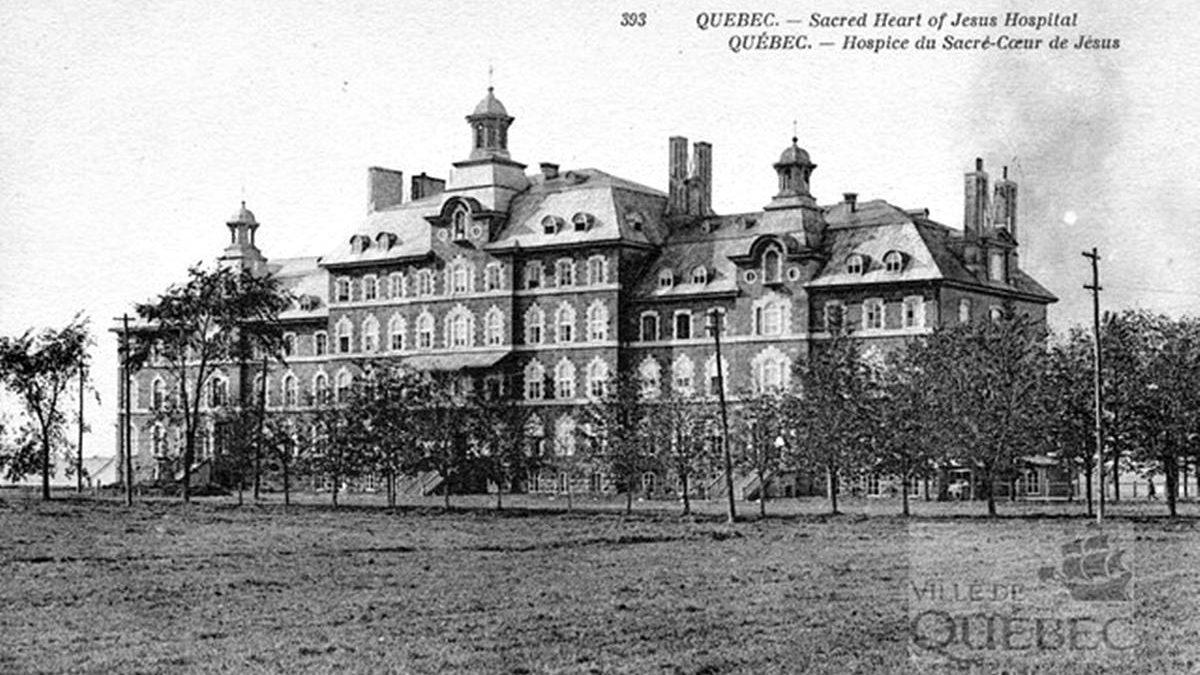 L'Hôpital du Sacré-Coeur de Jésus vers 1910 | 20 mai 2018 | Article par Jean Cazes