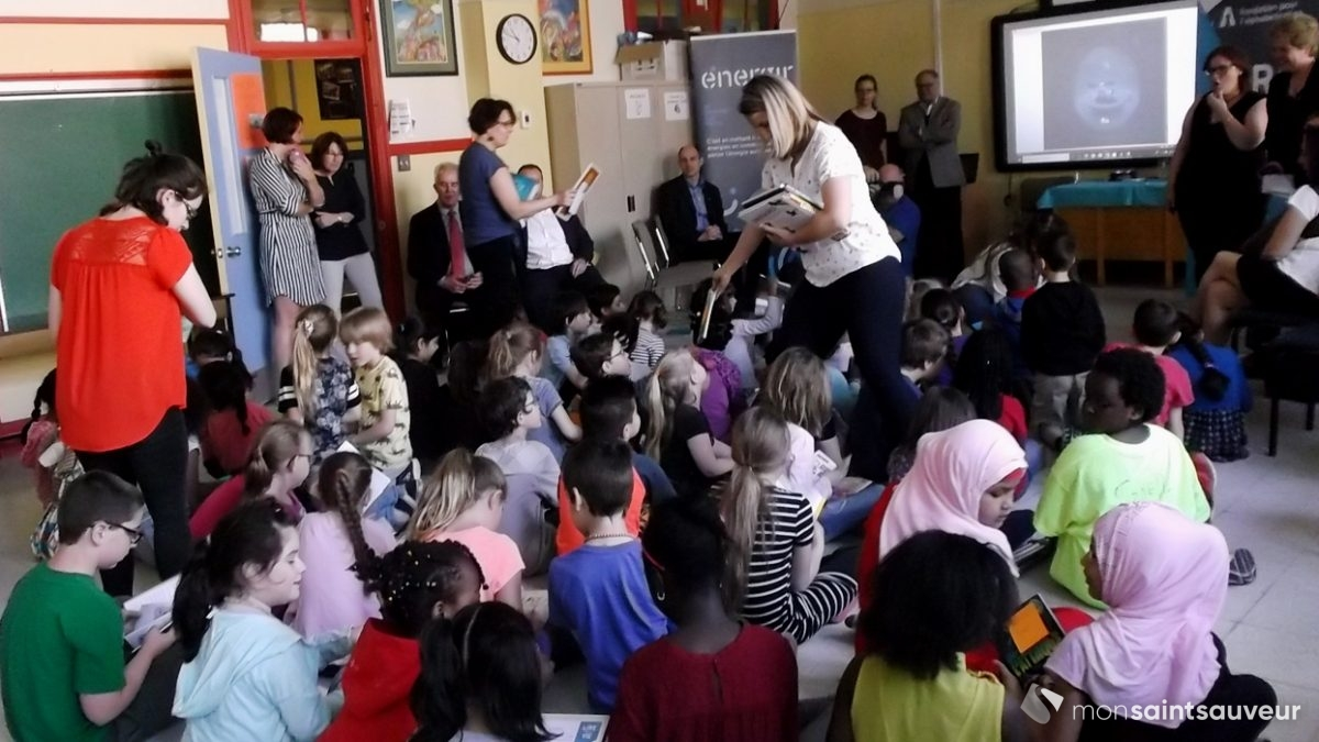 <em>La lecture en cadeau</em> visite l&rsquo;école Saint-Malo | 23 mai 2018 | Article par Suzie Genest