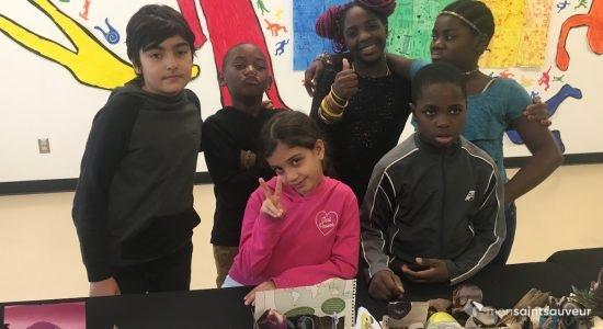 Un long voyage pour des jeunes de l'école Saint-Malo - Véronique Demers
