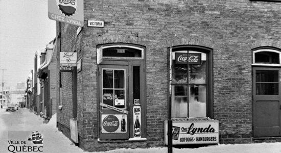 Saint-Sauveur dans les années 1960 (26) : restaurant Chez Lynda - Jean Cazes