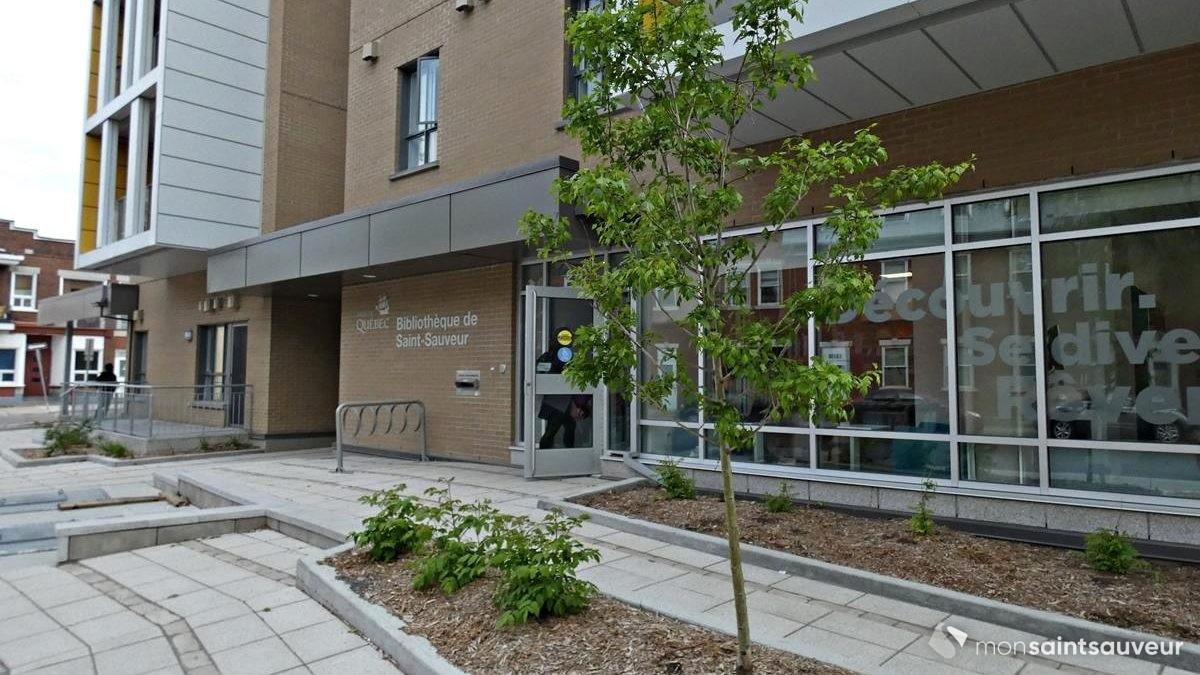 Le point de services de la Bibliothèque de Québec