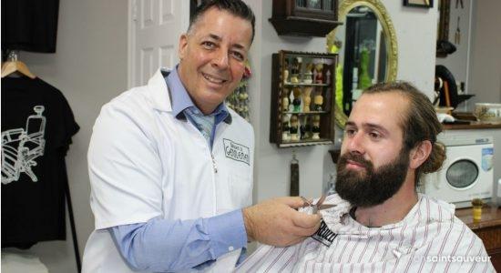 Un barbier-formateur dans Saint-Sauveur - Véronique Demers