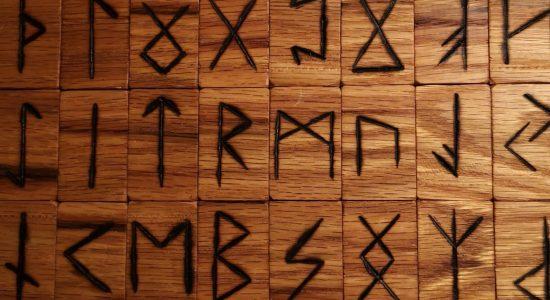 Tarot/Runes au Saint-Suave!