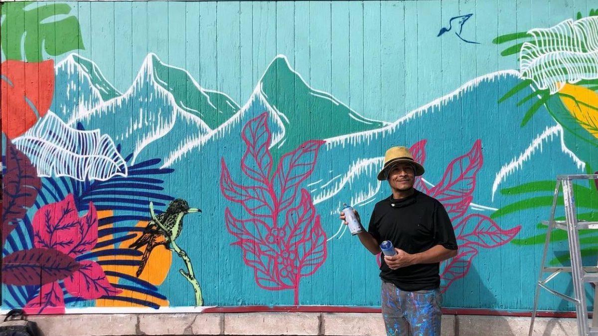 Murale tropicale sur le nouveau café colombien Tintico   30 septembre 2021   Article par Viktoria Miojevic