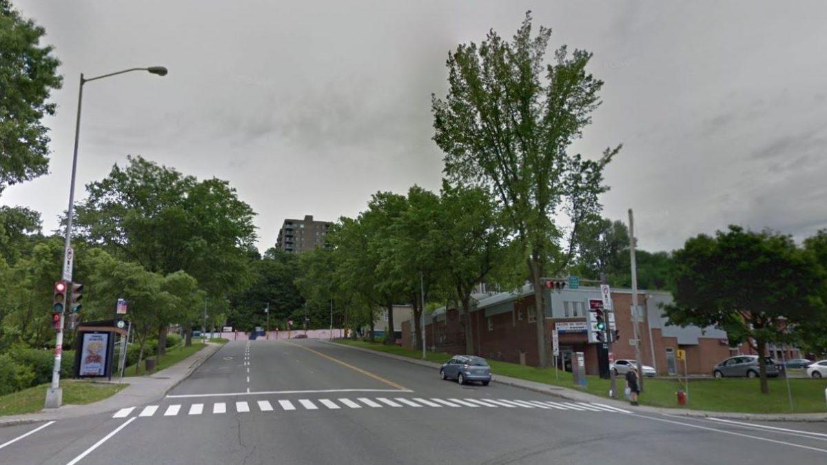 Six secondes de plus pour traverser une intersection achalandée | 13 octobre 2021 | Article par Julie Rheaume